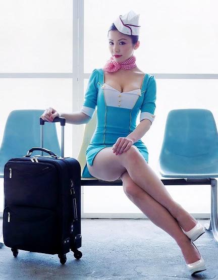 фото азиатских стюардесс