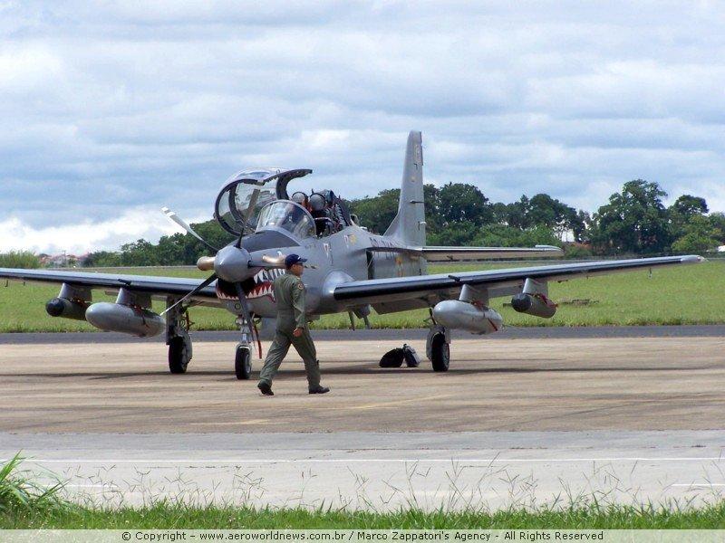 A-29B Super Tucano de la Fuerza Aérea Colombiana. Fuente: Simviation.